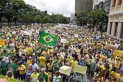 Belo Horizonte_MG, Brasil.<br /> <br /> Manifestacao pedindo o impeachment da Presidente Dilma Rosself na praca da liberdade in Belo Horizonte, Minas Gerais.<br /> <br /> Demonstration for the impeachment of President Dilma Rousseff in the Liberdade Square in Belo Horizonte, Minas Gerais.<br /> <br /> Foto: RODRIGO LIMA / NITRO