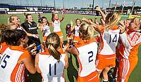 DEN BOSCH -   Vreugde bij Oranje na de  finale wedstrijd tussen de vrouwen van Jong Oranje  en Jong Spanje (9-1), tijdens het Europees Kampioenschap Hockey -21.   KOEN SUYK