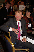 Andrew Marr, Political Studies Association Awards 2004. Institute of Directors, Pall Mall. London SW1. 30 November 2004.  ONE TIME USE ONLY - DO NOT ARCHIVE  © Copyright Photograph by Dafydd Jones 66 Stockwell Park Rd. London SW9 0DA Tel 020 7733 0108 www.dafjones.com