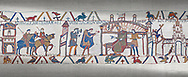 Bayeux Tapestry scene 25: Harold reports to Edward thr Confessor about his mission to see Williams in Normandy. .<br /> <br /> If you prefer you can also buy from our ALAMY PHOTO LIBRARY  Collection visit : https://www.alamy.com/portfolio/paul-williams-funkystock/bayeux-tapestry-medieval-art.html  if you know the scene number you want enter BXY followed bt the scene no into the SEARCH WITHIN GALLERY box  i.e BYX 22 for scene 22)<br /> <br />  Visit our MEDIEVAL ART PHOTO COLLECTIONS for more   photos  to download or buy as prints https://funkystock.photoshelter.com/gallery-collection/Medieval-Middle-Ages-Art-Artefacts-Antiquities-Pictures-Images-of/C0000YpKXiAHnG2k