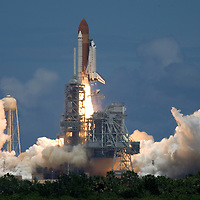 Space Shuttle Discovery STS-121