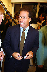 VISCOUNT LINLEY at an exhibition of photographs by Lord Snowdon held at the Chris Beetles Gallery, Ryder Street, London on 18th September 2006.<br /><br />NON EXCLUSIVE - WORLD RIGHTS