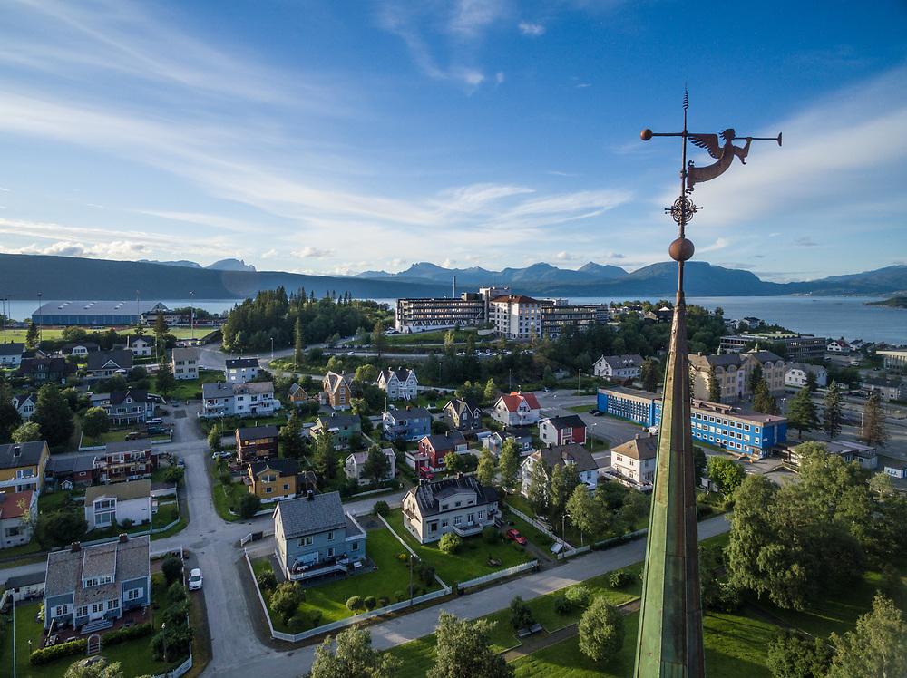 Narvik kirke ligger i bydelen Frydenlund i Narvik i Nordland. Kirka er ei treskipet langkirke i stein med 700 sitteplasser. Den ble innviet den 16. desember 1925. Arkitekt for kirka var Olaf Nordhagen.