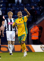 Photo: Leigh Quinnell.<br /> West Bromwich Albion v Norwich City. Coca Cola Championship. 11/11/2006. Robert Earnshaw celebrates his goal for Norwich.