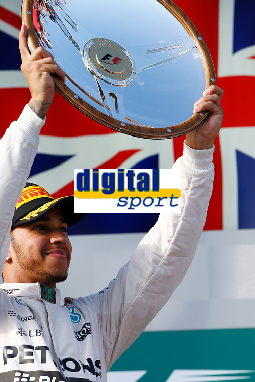 HAMILTON lewis (gbr) mercedes gp mgp w06 ambiance portrait podium ambiance  during 2015 Formula 1 championship at Melbourne, Australia Grand Prix, from March 13th to 15th. Photo DPPI / Frederic Le Floch.
