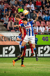 12-05-2018 NED: FC Utrecht - Heerenveen, Utrecht<br /> FC Utrecht win second match play off with 2-1 against Heerenveen and goes to the final play off / (L-R) Willem Janssen #14 of FC Utrecht, Yuki Kobayashi #21 of SC Heerenveen