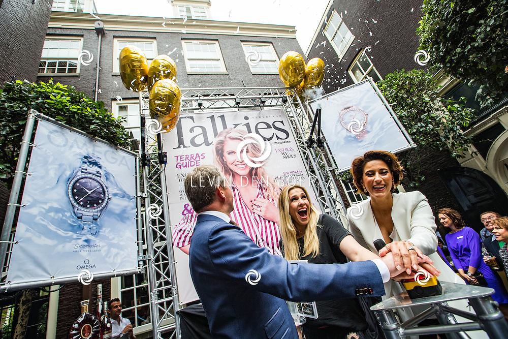 AMSTERDAM - In The Dylan zijn de Talkies Terras Awards uitgereikt voor beste terras 2016. Met hier op de foto René Bornmann, Nance Coolen en Kristina Bozilovic. FOTO LEVIN & PAULA PHOTOGRAPHY VOF