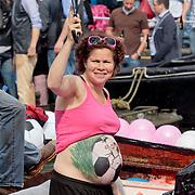 NLD/Amsterdam/20110806 - Canalpride Gaypride 2011, zwangere