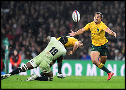 November 18, 2017 - London, United Kingdom - Australia's KAMICHAEL HUNT (23) reaches out for the ball against England in the Autumn International rugby match at Twickenham. (Credit Image: © Andrew Parsons/i-Images via ZUMA Press)