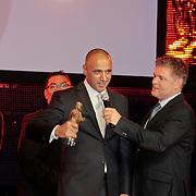 NLD/Amsterdam/20110328 - Uitreking Rembrandt Awards 2011, DJ Paul Elstak winnaar Rembrandt Award voor Beste Filmhitsong