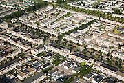 Nederland, Zuid-Holland, Dordrecht, 04-07-2006; Stadspolders, jaren tachtig ( '80)  nieuwbouwwijk; maquette, plattegrond, staduitbreiding, planologie, woonerven, woningbouw, stadsvilla's, bungalows, eengezinswoning; luchtfoto (toeslag); aerial photo (additional fee required); .foto Siebe Swart / photo Siebe Swart