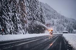 THEMENBILD - ein Schneepflug räumt die Bundesstrasse vom Schnee am 17. November 2019 in Ainet. Die extremen Schneefälle der vergangenen Tage sorgen in Teilen Österreichs für massive Gefahren und Behinderungen // a snow plough removes snow from the main road. The extreme snowfalls of the past few days cause massive dangers and disabilities in parts of Austria, Ainet on 19/11/17. EXPA Pictures © 2019, PhotoCredit: EXPA/ JFK