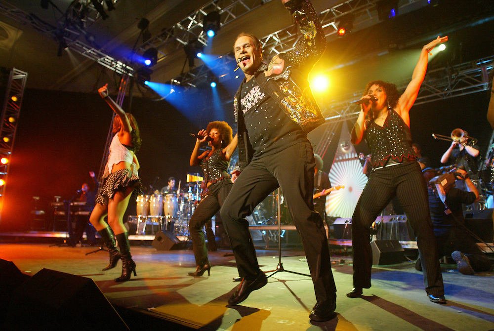 """(PFEATURES) Asbury Park 8/17/2004 KC and the Sunshine band on stage during the PBS taping of """"My Music: Get Down Tonight: The Best of 70's Disco and Dance Music at Convention Hall.  Michael J. Treola Staff Photographer.....MJT"""