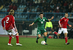 Andraz Kirm (19) of Slovenia, left Christian Poulsen (2), right Daniel Jensen (7) of Denmark during the UEFA Friendly match between national teams of Slovenia and Denmark at the Stadium on February 6, 2008 in Nova Gorica, Slovenia. Slovenia lost 2:1. (Photo by Vid Ponikvar / Sportal Images).