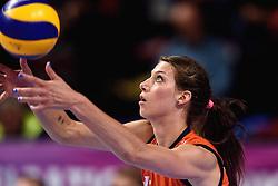 09-01-2016 TUR: European Olympic Qualification Tournament Rusland - Nederland, Ankara<br /> De Nederlandse volleybalsters hebben de finale van het olympisch kwalificatietoernooi tegen Rusland verloren. Oranje boog met 3-1 voor de Europees kampioen (25-21, 22-25, 25-19, 25-20) / Robin de Kruijf #5