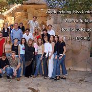 Miss Nederland 2003 reis Turkije, groepsfoto