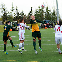 5th year defender Racquel Marshall (15) of the Regina Cougars in action during the Women's Soccer final home game on October 16 at U of R Field. Credit: Arthur Ward/Arthur Images