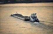 Nederland, Waal, 17-6-2013Verkeer van binnenvaartschepen op de waal, rijn, richting het duitse ruhrgebied. Foto: Flip Franssen/Hollandse Hoogte