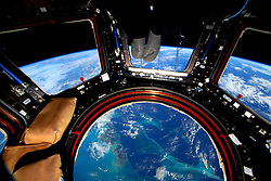 December 26, 2015 - Earth Atmosphere - Astronaut Scott Kelly posted this photo taken from the International Space Station to Twitter on December. 26, 2015 with the caption, Glass bottom spaceship over the Bahamas! GoodMorning from  YearInSpace. (Credit Image: ? Scott Kelly/NASA via ZUMA Wire/ZUMAPRESS.com)