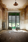 empty room, interior of a old house