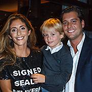NLD/Amsterdam/20131101 - Lancering Danie Bles Style Guide 2013, Danie met haar zoontje Florian en partner Joris Ebus
