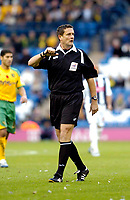 Photo: Leigh Quinnell.<br /> West Bromwich Albion v Norwich City. Coca Cola Championship. 11/11/2006. Referee G.Laws.