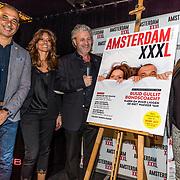 NLD/Amsterdam/20170324 - Uitreiking 2de editie XXXL Magazine, Ruud Gullit, partner Karin de Rooij op de cover met uitgever Mark Teurlings