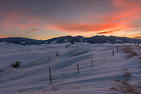 Beckton Road has one of my favorite views of the Bighorn Mountains close to home. When I noticed cirrus clouds filling the sky in the late afternoon I went here and the sunset colors did not disappoint.