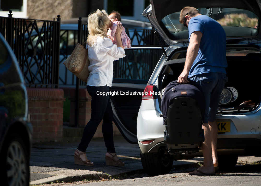 EXCLSUIVE<br /> Ben Cohen and Kristina Rihanoff arrive at the park for a morning out with baby daughter Milena<br /> ©Exclusivepix Media