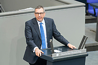 """25 MAR 2020, BERLIN/GERMANY:<br /> Joachim Pfeiffer, MdB, CDU, haelt eine Rede, Bundestagsdebatte zu """"COVID 19 - Kreditobergrenzen, Nachtragshaushalt, Wirtschaftsfonds"""", Plenum, Reichstagsgebaeude, Deutscher Bundestag<br /> IMAGE: 20200325-01-044<br /> KEYWORDS: Pandemie, Corona, Sitzung, Debatte"""