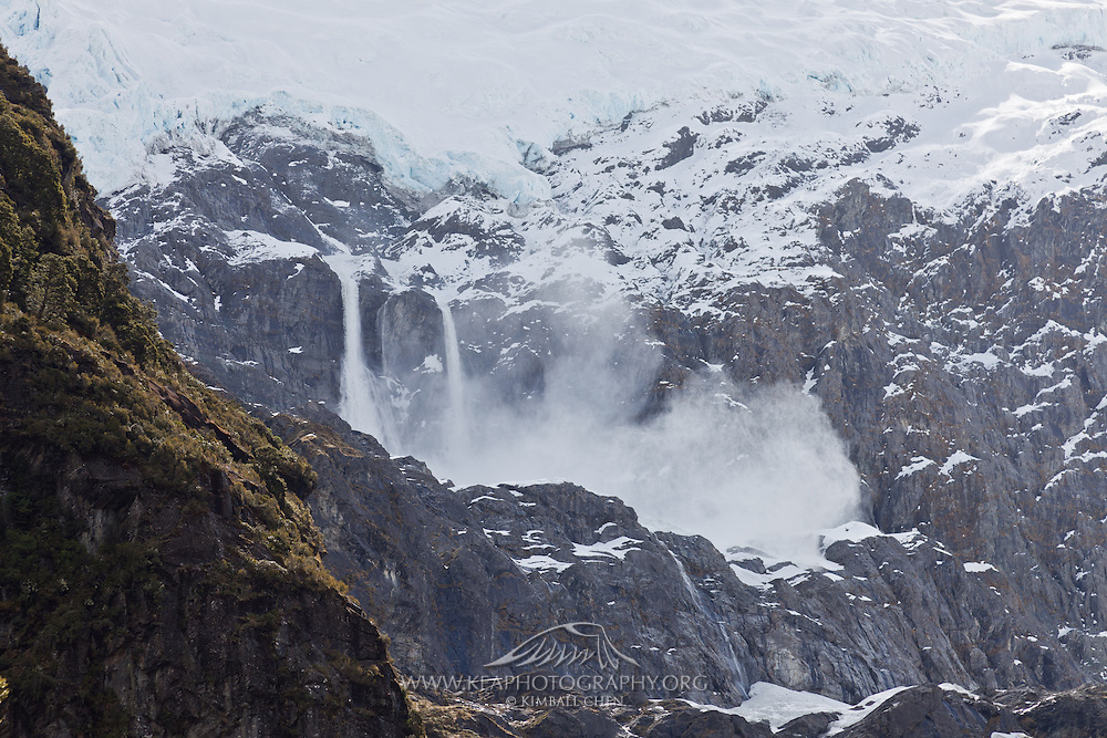 Avalanche, Mount Aspiring, New Zealand