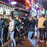 Nederland, Amsterdam, 29 juli 2017.<br />Vrijdagavond Leidseplein.<br /><br /><br />Foto: Jean-Pierre Jans