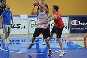DESCRIZIONE : Folgaria Allenamento Raduno Collegiale Nazionale Italia Maschile <br /> GIOCATORE : Marco Cusin<br /> CATEGORIA : difesa<br /> SQUADRA : Nazionale Italia <br /> EVENTO :  Allenamento Raduno Folgaria<br /> GARA : Allenamento<br /> DATA : 19/07/2012 <br /> SPORT : Pallacanestro<br /> AUTORE : Agenzia Ciamillo-Castoria/GiulioCiamillo<br /> Galleria : FIP Nazionali 2012<br /> Fotonotizia : Folgaria Allenamento Raduno Collegiale Nazionale Italia Maschile <br /> Predefinita :