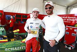 July 16, 2017 - New York, USA - Motorsports: FIA Formula E race 09/10 New York, .#66 Daniel Abt (Audi Sport Abt Schaeffler),.Chris Hemsworth. (Credit Image: © Hoch Zwei via ZUMA Wire)