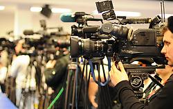 15.03.2011, IAEA, Wien, AUT, Pressekonferenz zur aktuellen Lage in Japan, im Bild Medienantrang während der Pressekonferenz// News Camera Teams during Press conference about the current situation in Japan, EXPA Pictures © 2011, PhotoCredit: EXPA/ M. Gruber