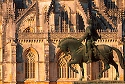 PORTUGAL, BATALHA ABBEY 1388 masterpiece with Joao I statue