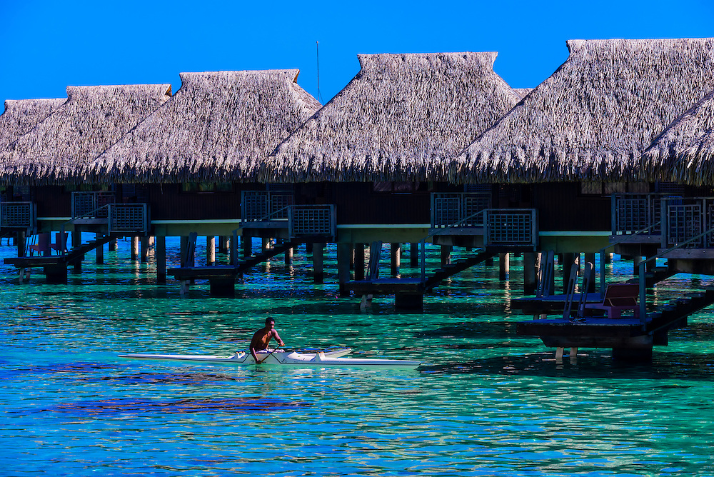 Kayaking, Hilton Moorea Lagoon Resort, island of Moorea, French Polynesia.