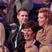 NLD/Hilversum/20110304 - Sterren Dansen op het IJs show 6, Vermoedelijk vriendje van Sieneke Peeters