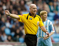 Photo: Leigh Quinnell.<br /> Coventry City v Plymouth Argyle. Coca Cola Championship.<br /> 03/12/2005. Referee N.Miller.