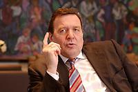 09 JAN 2002, BERLIN/GERMANY:<br /> Gerhard Schroeder, SPD, Bundeskanzler, waehrend einem Interiew, in seinem Buero, Bundeskanzleramt<br /> Gerhard Schroeder, SPD, Federal Chancellor of Germany, during an interview, in his office<br /> IMAGE: 20020109-02-026<br /> KEYWORDS: Gerhard Schröder