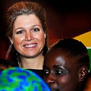 NLD/Amsterdam/20100311 - voorstelling 'Daughters of Africa, aankomst prinses Maxima