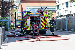 © Licensed to London News Pictures. 29/06/2018. London, UK.  Fire Brigade, police and evacuated residents at the scene at Grafton House in Bow, east London where a fire broke out earlier today.  Photo credit: Vickie Flores/LNP