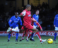 Photo: Dave Linney.<br />Chesterfield v Swindon Town. Coca Cola League 1.<br />28/12/2005.Hameur Bouazza scores from the spot to make it 1-1