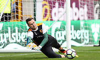 Football - 2016 / 2017 Premier League - Burnley vs. Hull City<br /> <br /> David Marshall of Hull City before the Premier League match between Burnley and Hull City at Turf Moor. <br /> <br /> COLORSPORT/LYNNE CAMERON