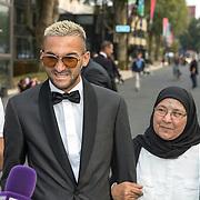 NLD/Hilversum/20180903 -   Voetbalgala 2018, Hakim Ziyech en zijn moeder