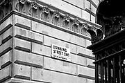 Londyn, 2009-03-05. Downing Street, rezydencja brytyjskich premierów,