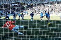 Il gol di HERNANES su calcio di rigore<br /> Roma 15/01/2012 Stadio Olimpico<br /> Football Calcio 2011/2012 Serie A<br /> LAzio Vs Atalanta<br /> Foto Insidefoto Andrea Staccioli