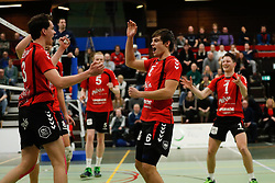 20170225 NED: Eredivisie, Valei Volleybal Prins - Coolen - Alterno: Ede<br />Sander Heithuis, Peter Ogink, Valei Volleybal Prins vieren een punt<br />©2017-FotoHoogendoorn.nl / Pim Waslander