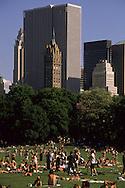 "New York. Sheep meadow""  Central park and Manhattan skyline  New York, Manhattan - United states / Sheap meadow, Central park et les gratte-ciel  Manhattan, New York - Etats-unis"