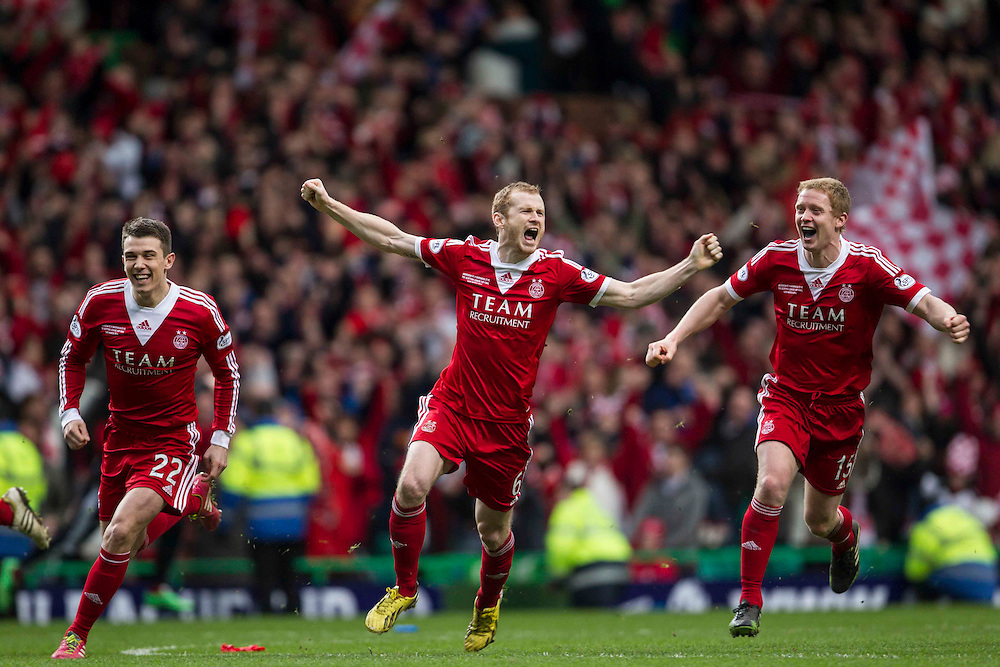 Scottish League Cup Final Aberdeen V Inverness CT at Parkhead on Sunday, 16th of March 2014, Aberdeen Scotland.<br /> Pictured: Aberdeen win the Scottish League Cup after penalties<br /> (Photo Ross Johnston/Newsline Scotland)